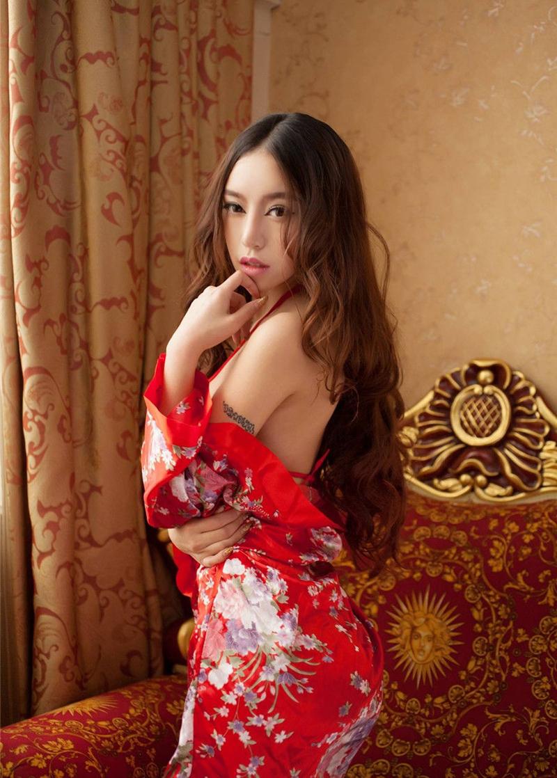 极品美女陈思琪巨乳撩人私房诱惑