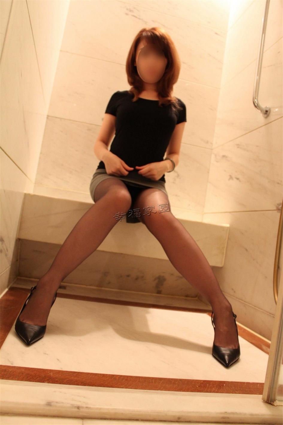 性感少妇私房黑丝诱惑匿名写真图片(图28)