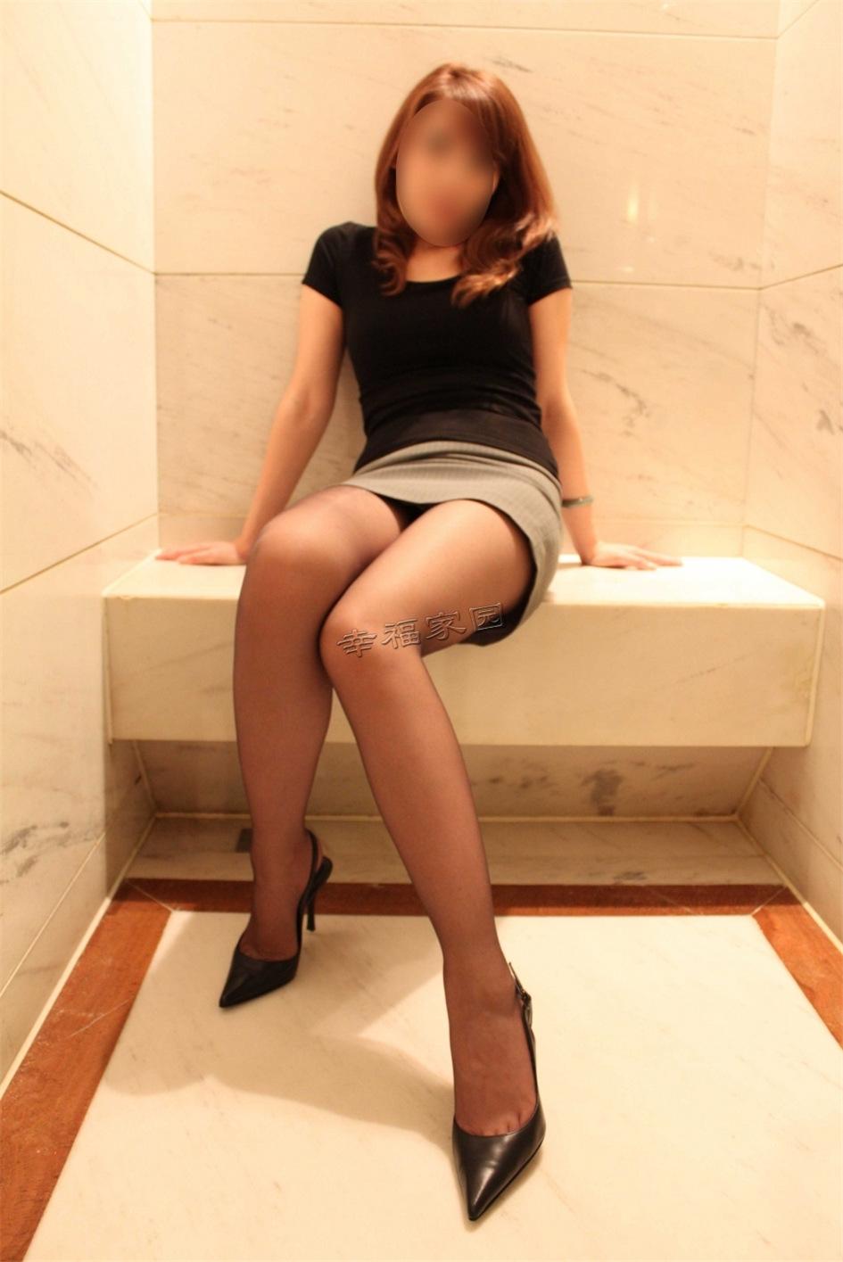 性感少妇私房黑丝诱惑匿名写真图片(图19)