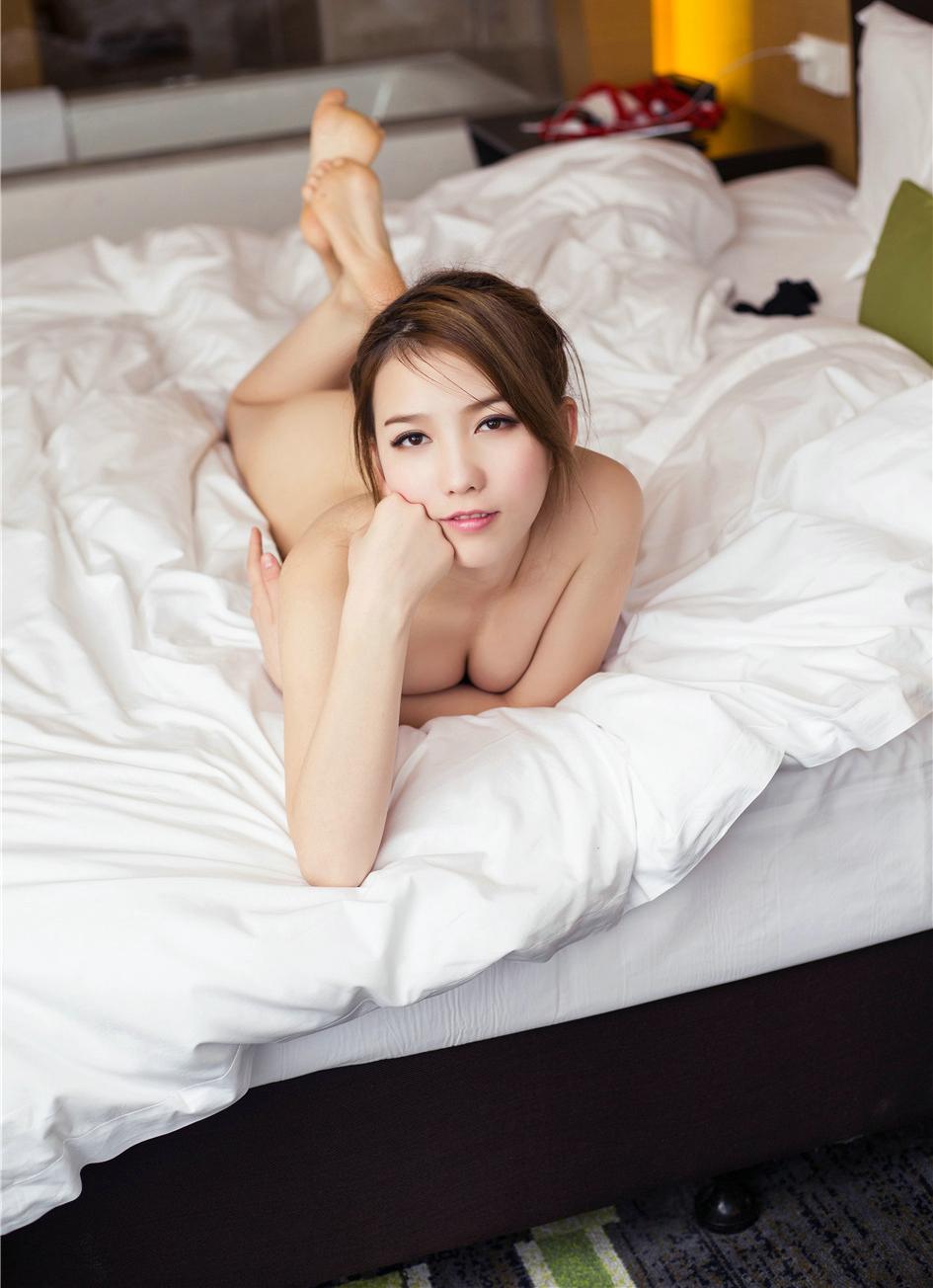 亚洲性感人体模私房大尺度诱惑写真套图,男友有处女情结是不是一种病?