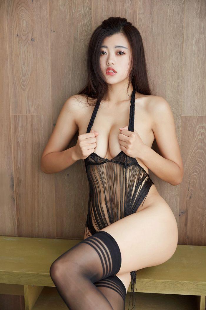 丁字裤美女雪飞大尺度人体艺术写真,为什么女生也喜欢玩一夜情