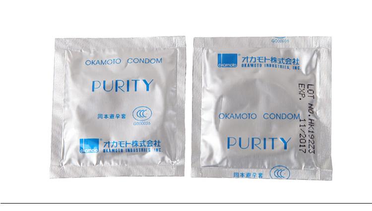 但冈本001直接就没有橡胶味,因为它不是用的橡胶材质,而是用的聚氨酯。第三,目前世界上最薄的安全套只有冈本和幸福相模能做到